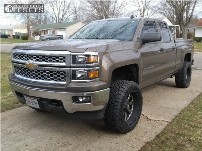 "2014 Chevrolet Silverado 1500 - 20x10 -24mm - XD Xd825 - Suspension Lift 5"" - 33"" x 12.5"""