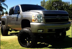 """2008 Chevrolet Silverado 1500 - 22x14 -76mm - Fuel Hostage - Suspension Lift 7.5"""" - 35"""" x 12.5"""""""