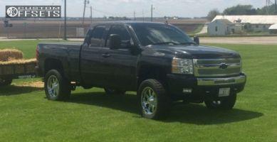 "2010 Chevrolet Silverado 1500 - 20x9 0mm - Moto Metal MO962 - Suspension Lift 5"" - 305/55R20"