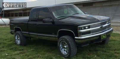 "1998 Chevrolet K1500 - 18x9 -12mm - XD Riot - Body Lift 3"" - 32"" x 11.5"""