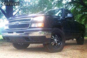 "2006 Chevrolet Silverado 1500 - 18x9 14mm - Boss 304 - Leveling Kit - 33"" x 11.5"""