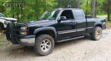2003 Chevrolet Silverado 1500 - 18x9 -12mm - Helo He791 - Leveling Kit - 275/65R18
