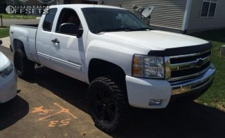 """2011 Chevrolet Silverado 1500 - 20x8.5 31mm - Spaced Out Stockers Spaced Out stockers - Suspension Lift 5"""" - 305/55R20"""