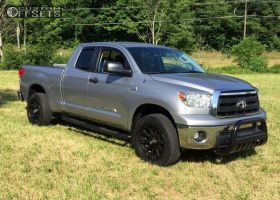 2010 Toyota Tundra - 20x9 0mm - XD Misfit - Stock Suspension - 275/55R20