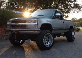 "1994 Chevrolet K1500 - 20x12 -44mm - Xd Riot - Suspension Lift 4.5"" - 33"" x 12.5"""