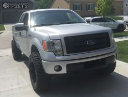 2009 Ford F-150 - 20x10 -24mm - Moto Metal MO970 - Leveling Kit - 295/65R20