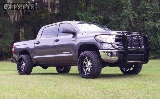 "2015 Toyota Tundra - 22x12 -44mm - Fuel Maverick - Suspension Lift 3"" - 33"" x 12.5"""