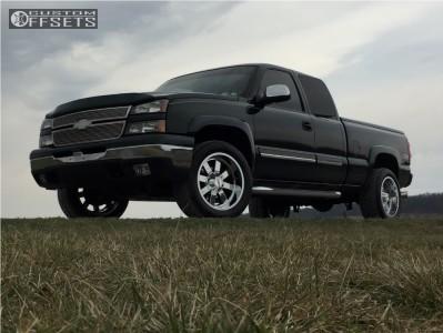 2007 Chevrolet Silverado 1500 Classic - 20x10 -24mm - Moto Metal Mo962 - Leveling Kit - 285/50R20