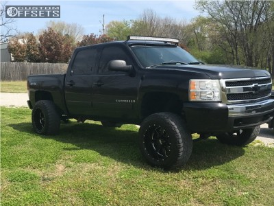 "2007 Chevrolet Silverado 1500 - 20x12 -44mm - Moto Metal MO962 - Suspension Lift 5"" - 35"" x 12.5"""