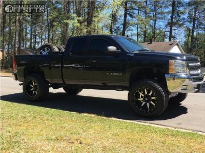 "2012 Chevrolet Silverado 1500 - 20x12 -44mm - Fuel Maverick D537 - Suspension Lift 6.5"" - 325/60R20"