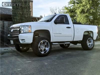 "2007 Chevrolet Silverado 1500 - 20x12 -44mm - Hostile Havoc - Suspension Lift 6.5"" - 33"" x 12.5"""