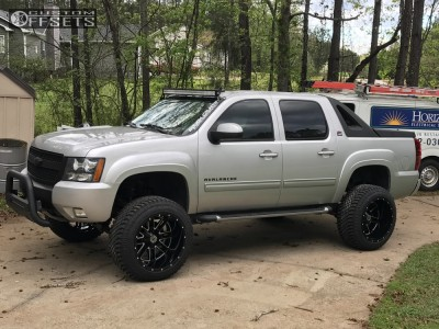 "2010 Chevrolet Avalanche - 22x14 -76mm - Scorpion Sc18 - Suspension Lift 7.5"" - 325/50R22"