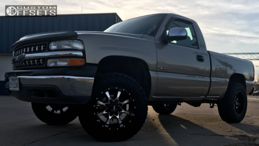 1999 Chevrolet Silverado 1500 - 18x10 -24mm - Moto Metal Mo970 - Leveling Kit - 285/65R18