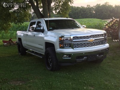 "2014 Chevrolet Silverado 1500 - 20x10 -19mm - Hostile Sprocket - Leveling Kit - 33"" x 12.5"""