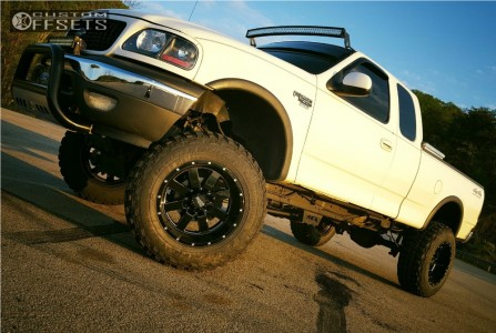 "1999 Ford F-250 - 20x12 -44mm - Moto Metal MO962 - Suspension Lift 6"" - 37"" x 12.5"""