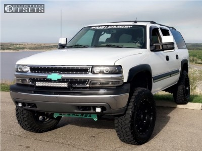 "2005 Chevrolet Suburban - 20x10 -12mm - Fuel Hostage - Suspension Lift 6"" - 35"" x 12.5"""
