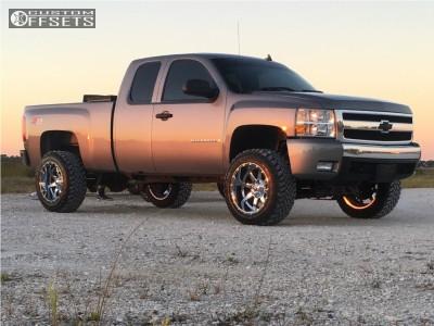 """2008 Chevrolet Silverado 1500 - 20x12 -44mm - Fuel Maverick D536 - Suspension Lift 5"""" - 33"""" x 12.5"""""""