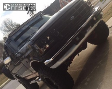 """1994 Ford Bronco - 15x10 -43mm - Fuel Lethal - Suspension Lift 4"""" - 33"""" x 12.5"""""""