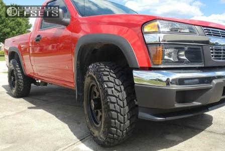 """2006 Chevrolet Colorado - 15x8 20mm - American Racing Baja - Stock Suspension - 31"""" x 10.5"""""""