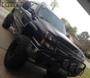 "2007 Chevrolet Silverado 1500 Classic - 17x10 -12mm - Fuel Maverick - Suspension Lift 9"" - 38"" x 14.5"""