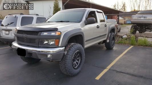 "2006 Chevrolet Colorado - 17x9 -12mm - Raceline Clutch - Suspension Lift 4"" - 285/70R17"