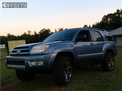 """2004 Toyota 4Runner - 22x9 31mm - Spaced Out Stockers Spaced Out Stockers - Suspension Lift 3"""" - 285/50R22"""