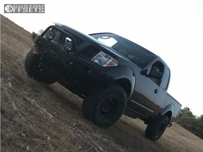 2008 Nissan Frontier - 16x8 -12mm - Pro Comp Series 89 - Leveling Kit & Body Lift - 285/75R16
