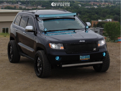 2011 Jeep Grand Cherokee - 20x9 0mm - Anthem Off-Road Commander - Air Suspension - 265/55R20