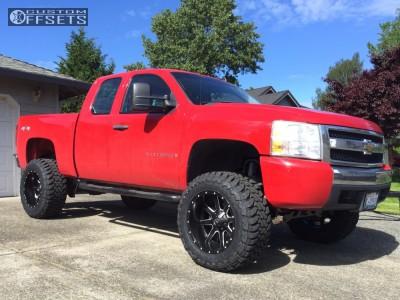 "2008 Chevrolet Silverado 1500 - 20x12 -44mm - Fuel Maverick - Suspension Lift 7.5"" - 35"" x 13.5"""
