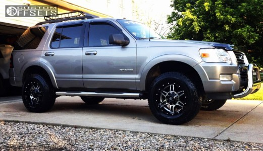2008 Ford Explorer - 17x9 -12mm - K2 Offroad Sphinx - Leveling Kit - 255/70R17