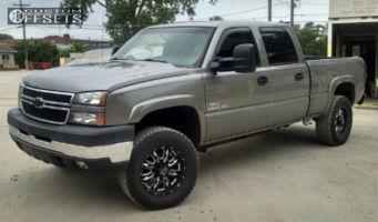 2007 Chevrolet Silverado 2500 HD - 18x8.5 10mm - American Eagle 16 - Leveling Kit - 285/65R18