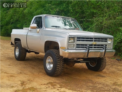 """1986 Chevrolet K10 - 15x10 -38mm - American Racing Outlaw I - Suspension Lift 4"""" - 33"""" x 12.5"""""""