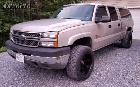 2005 Chevrolet Silverado 2500 HD - 20x12 -44mm - Fuel Octane - Leveling Kit - 305/55R20