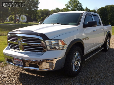 2014 Ram 1500 - 20x9 15mm - Pacer Benchmark - Stock Suspension - 285/55R20