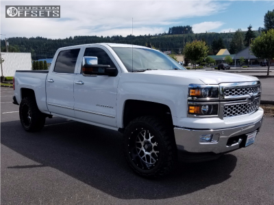 "2015 Chevrolet Silverado 1500 - 20x10 -24mm - XD XD820 - Suspension Lift 3"" - 33"" x 12.5"""