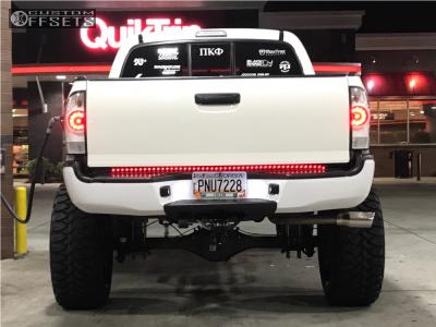 "2008 Toyota Tacoma - 22x12 -44mm - Black Rhino Pismo - Suspension Lift 8.5"" - 35"" x 12.5"""