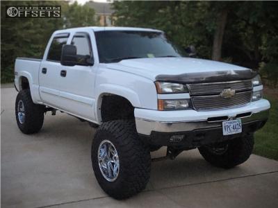 "2007 Chevrolet Silverado 1500 Classic - 18x12 -44mm - Fuel Hostage - Suspension Lift 6"" & Body 3"" - 37"" x 13.5"""