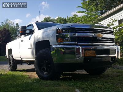 2016 Chevrolet Silverado 2500 HD - 17x9 18mm - XD Xd301 - Stock Suspension - 285/70R17