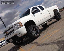 "2007 Chevrolet Silverado 1500 - 20x12 -44mm - Cali Offroad Busted - Suspension Lift 6"" - 33"" x 12.5"""