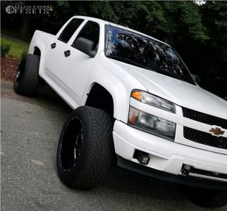 """2005 Chevrolet Colorado - 20x12 -44mm - Brute Reaper - Suspension Lift 4"""" - 305/50R20"""