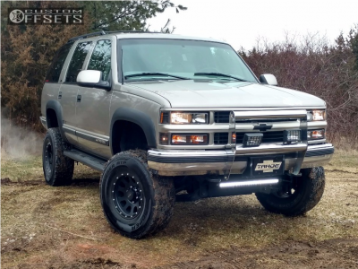 "1999 Chevrolet Tahoe - 16x8.5 -6mm - Mb Wheels Mb11 - Suspension Lift 6"" - 285/75R16"