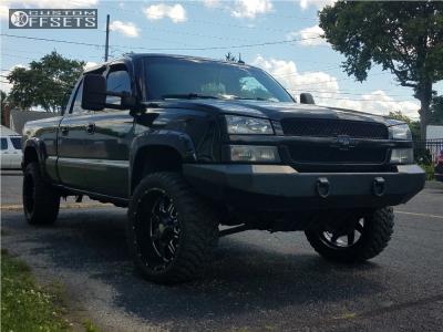 "2003 Chevrolet Silverado 1500 HD - 22x10 -19mm - Mayhem Monstir - Stock Suspension - 33"" x 12.5"""