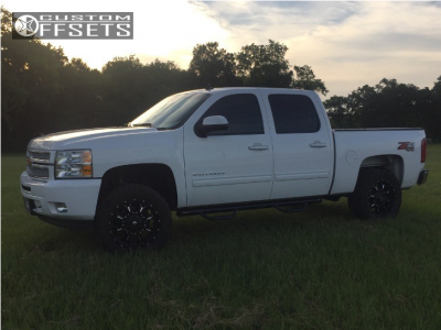 """2013 Chevrolet Silverado 1500 - 20x9 1mm - Fuel Krank - Suspension Lift 3.5"""" - 295/55R20"""