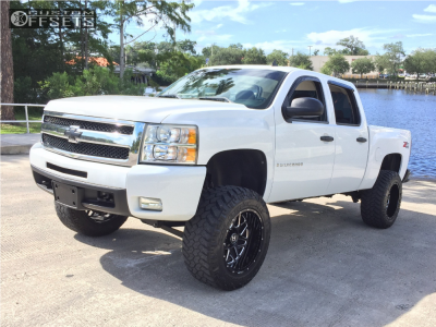 "2009 Chevrolet Silverado 1500 - 20x12 -44mm - Hostile H108 - Suspension Lift 7.5"" - 35"" x 12.5"""