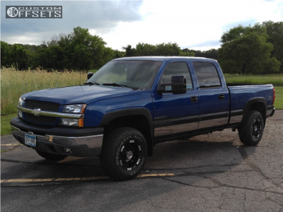 2003 Chevrolet Silverado 1500 HD - 16x9 -5.64998mm - Moto Metal Mo951 - Leveling Kit - 265/70R16