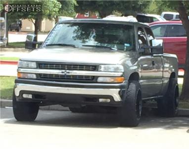1999 Chevrolet Silverado 1500 - 20x12 -44mm - Gear Off-Road Big Block - Leveling Kit - 285/50R20