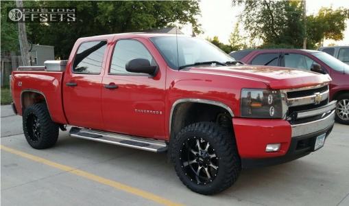 "2008 Chevrolet Silverado 1500 - 20x10 -24mm - Moto Metal MO970 - Suspension Lift 3.5"" - 33"" x 12.5"""