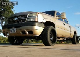 "2005 Chevrolet Silverado 2500 HD - 22x12 -44mm - Gear Off-Road Big Block - Level 2"" Drop Rear - 305/40R22"