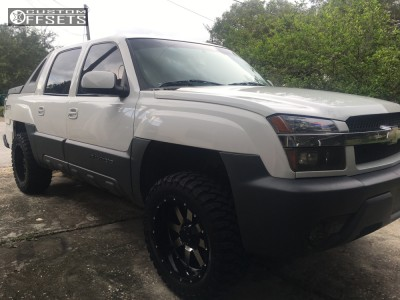 "2002 Chevrolet Avalanche - 20x10 -19mm - Gear Off-Road 726m - Leveling Kit - 33"" x 12.5"""