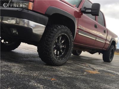 2005 Chevrolet K2500 - 20x10 -24mm - Fuel Throttle - Leveling Kit - 305/55R20